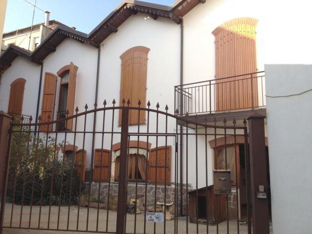 Soluzione Indipendente in vendita a Stradella, 4 locali, prezzo € 280.000 | CambioCasa.it