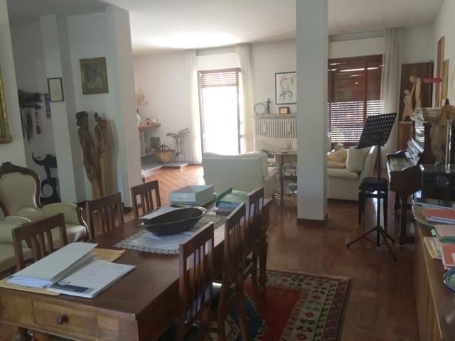 Attico / Mansarda in vendita a Stradella, 6 locali, prezzo € 308.000 | Cambio Casa.it