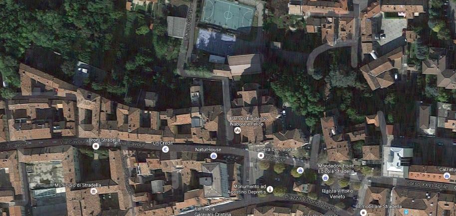 Palazzo / Stabile in vendita a Stradella, 10 locali, prezzo € 340.000 | CambioCasa.it