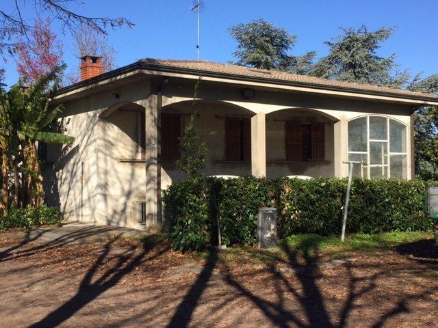 Villa in vendita a Stradella, 3 locali, Trattative riservate | Cambio Casa.it