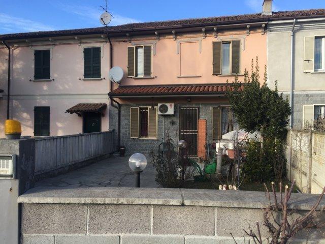 Soluzione Indipendente in vendita a Stradella, 4 locali, prezzo € 140.000 | CambioCasa.it