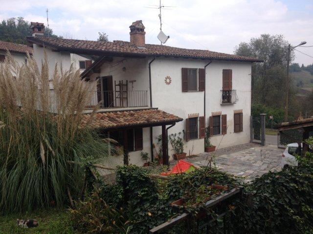 Soluzione Indipendente in vendita a Stradella, 4 locali, prezzo € 160.000 | CambioCasa.it