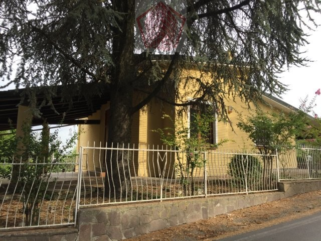 Villa in Vendita a Castana