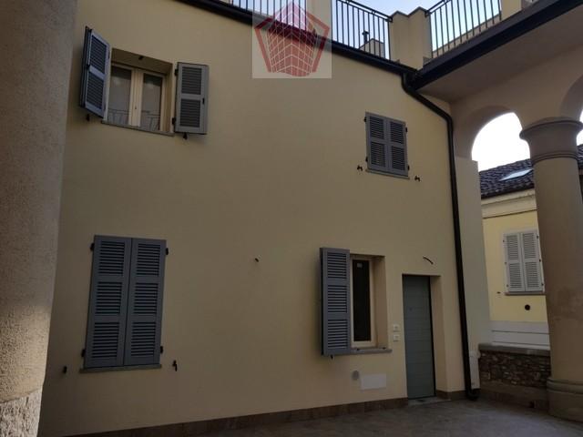 Appartamento in vendita a Stradella, 2 locali, prezzo € 145.000 | CambioCasa.it