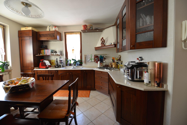 Appartamento in vendita a Sarezzo, 3 locali, zona Località: PonteZanano, Trattative riservate | CambioCasa.it