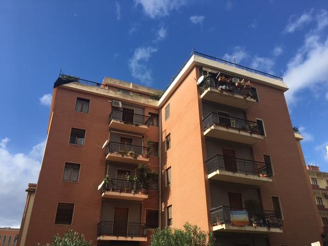 Appartamento in affitto a Cagliari, 2 locali, zona Località: MonteUrpinu, prezzo € 640 | Cambio Casa.it