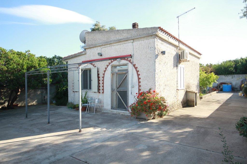 Soluzione Indipendente in vendita a Quartu Sant'Elena, 3 locali, zona Località: S.Andrea, prezzo € 125.000 | CambioCasa.it