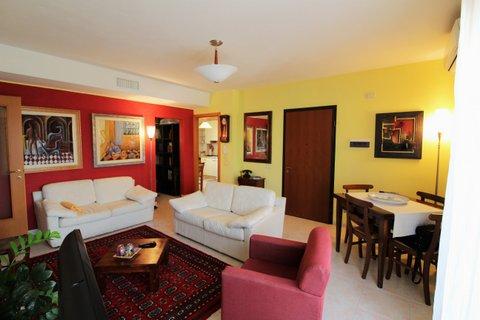Appartamento in vendita a Quartucciu, 4 locali, prezzo € 165.000 | CambioCasa.it