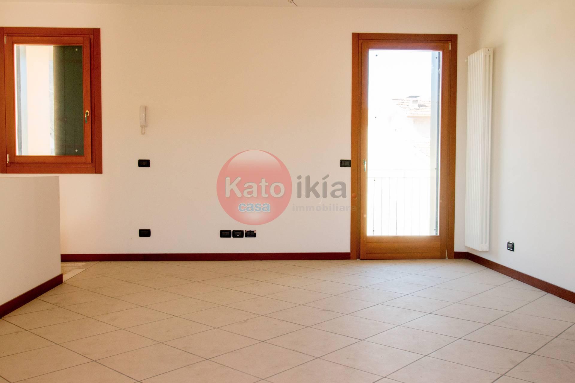 Appartamento in vendita a Torrebelvicino, 3 locali, prezzo € 114.000 | CambioCasa.it