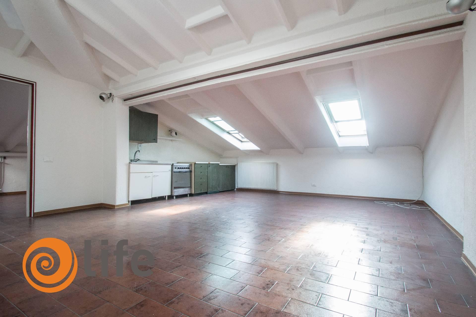 Attico / Mansarda in vendita a Altavilla Vicentina, 2 locali, zona Zona: Tavernelle, prezzo € 34.000 | CambioCasa.it