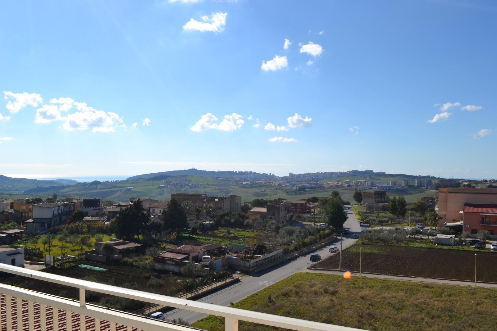 Appartamento in vendita a Agrigento, 4 locali, zona Località: SanMichele, prezzo € 65.000 | CambioCasa.it