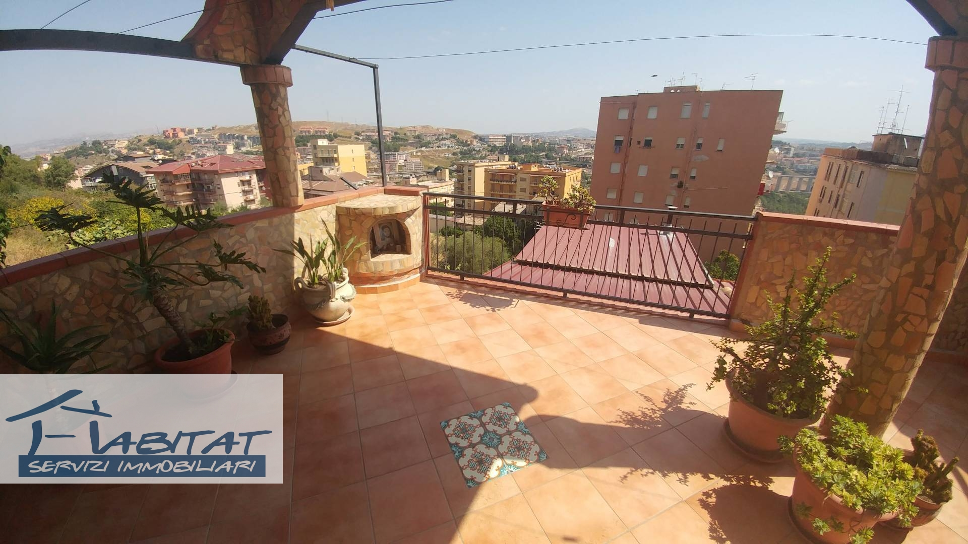 Appartamento in affitto a Agrigento, 3 locali, zona Zona: Centro, prezzo € 65.000 | CambioCasa.it