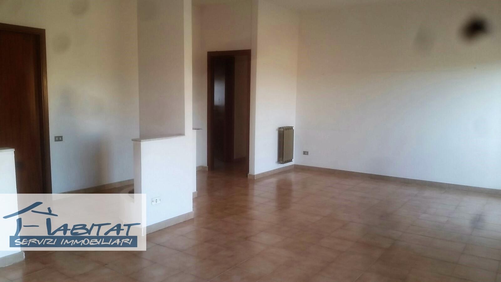 Appartamento in vendita a Agrigento, 5 locali, zona Zona: Fontanelle, prezzo € 79.000 | CambioCasa.it