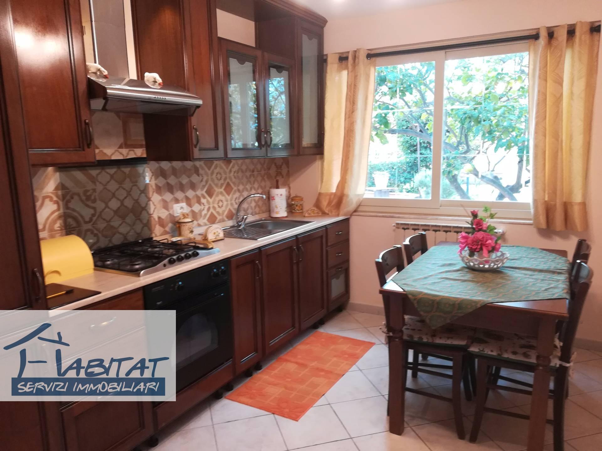 Appartamento in affitto a Agrigento, 2 locali, zona Località: VillaggioMosè, prezzo € 450 | CambioCasa.it