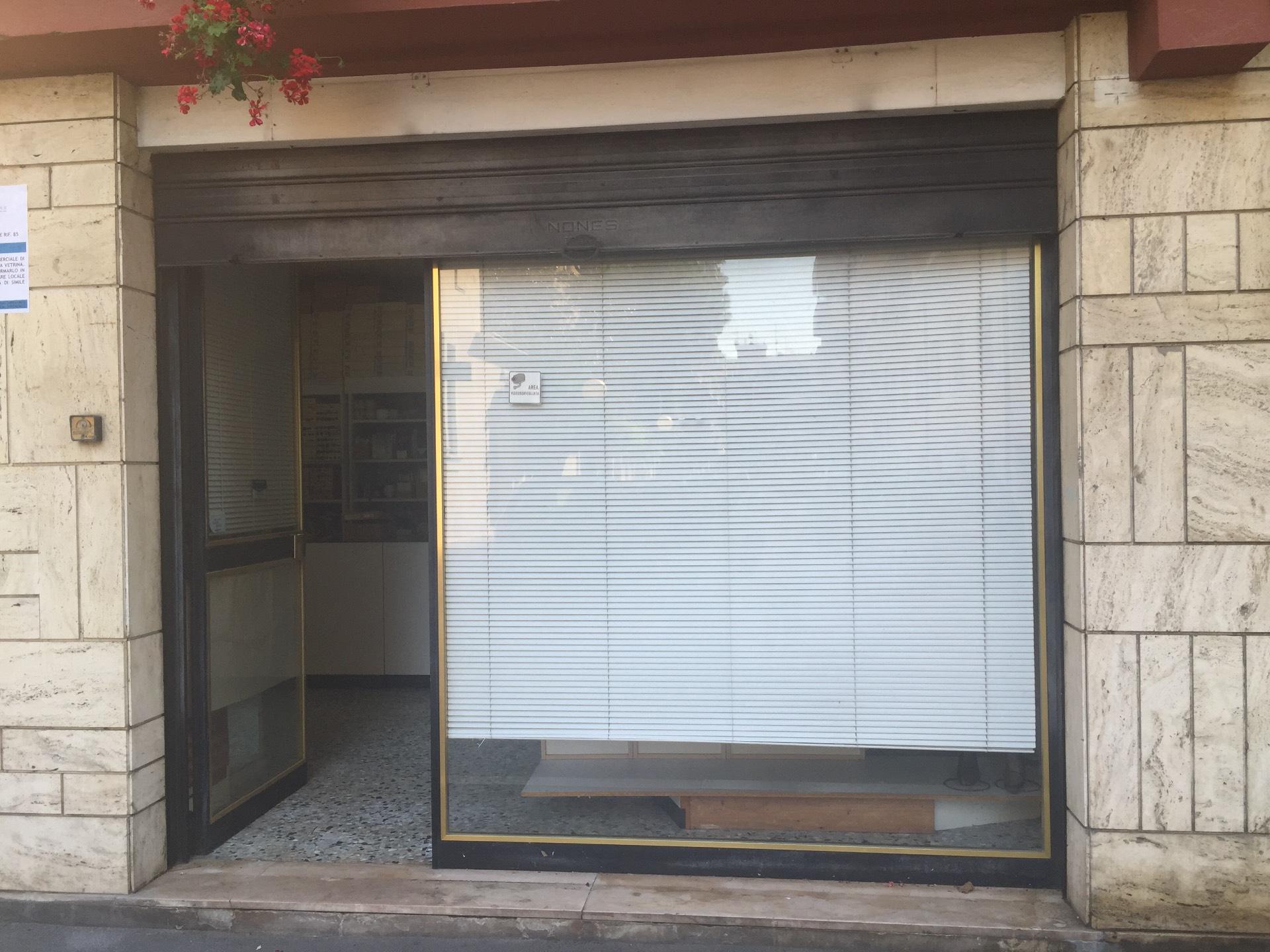 Negozio / Locale in vendita a Pescara, 9999 locali, zona Zona: Centro, prezzo € 65.000 | CambioCasa.it