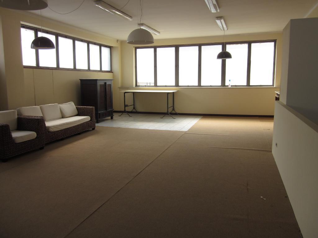 Capannone in affitto a Milano, 9999 locali, zona Località: Bovisa, prezzo € 4.000 | Cambio Casa.it