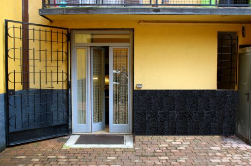 Bilocale Milano Via Eugenio Villoresi 2