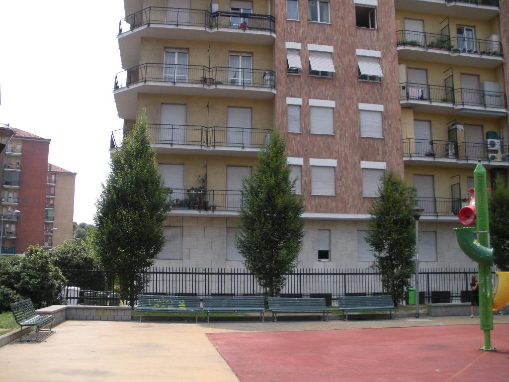 Bilocale Milano Via Chianciano 8