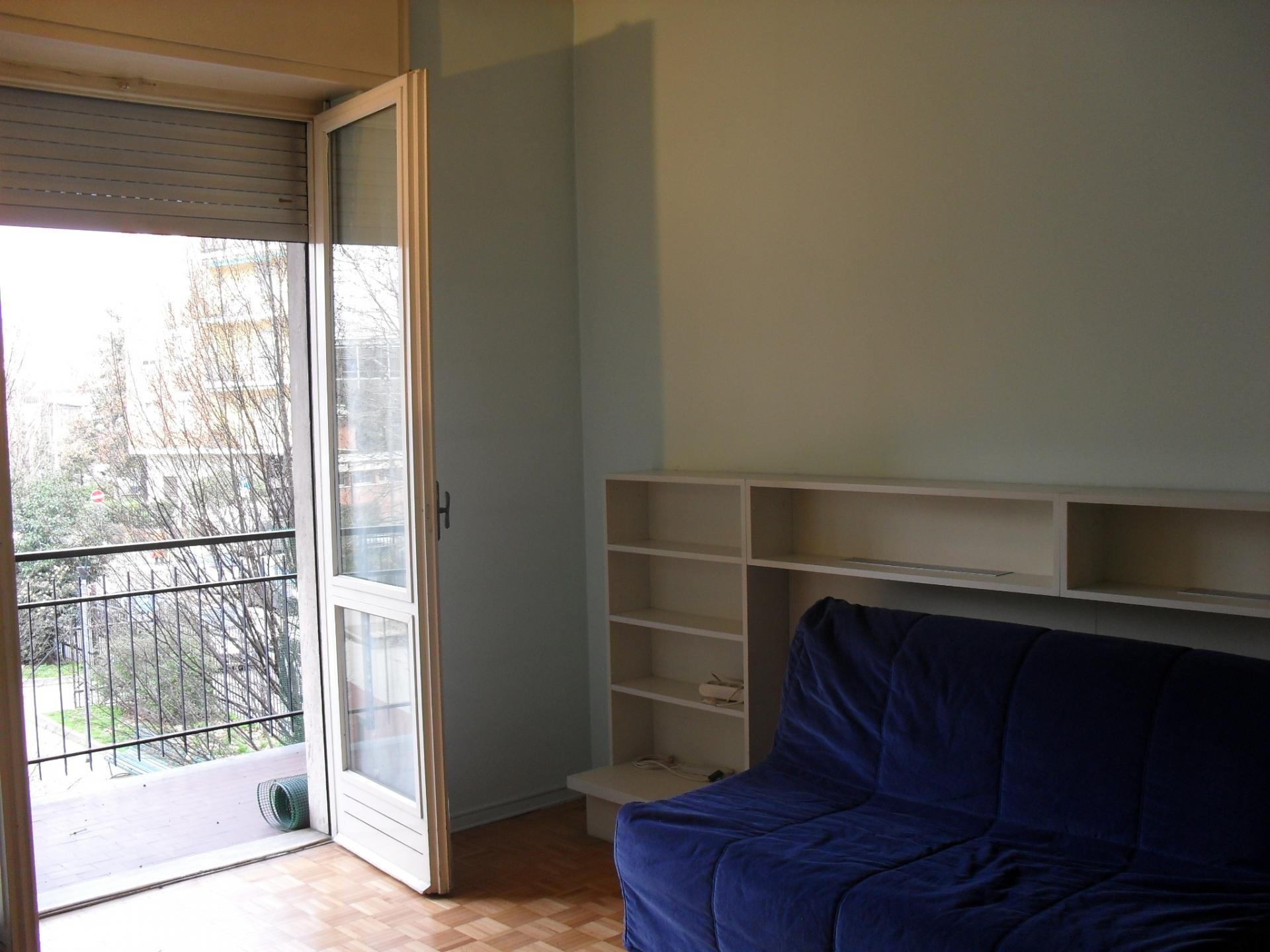 Bilocale Milano Via Chianciano 9
