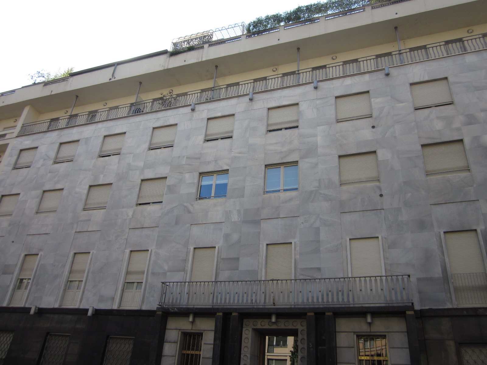 Bilocale Milano Via Antonio Baldissera 3