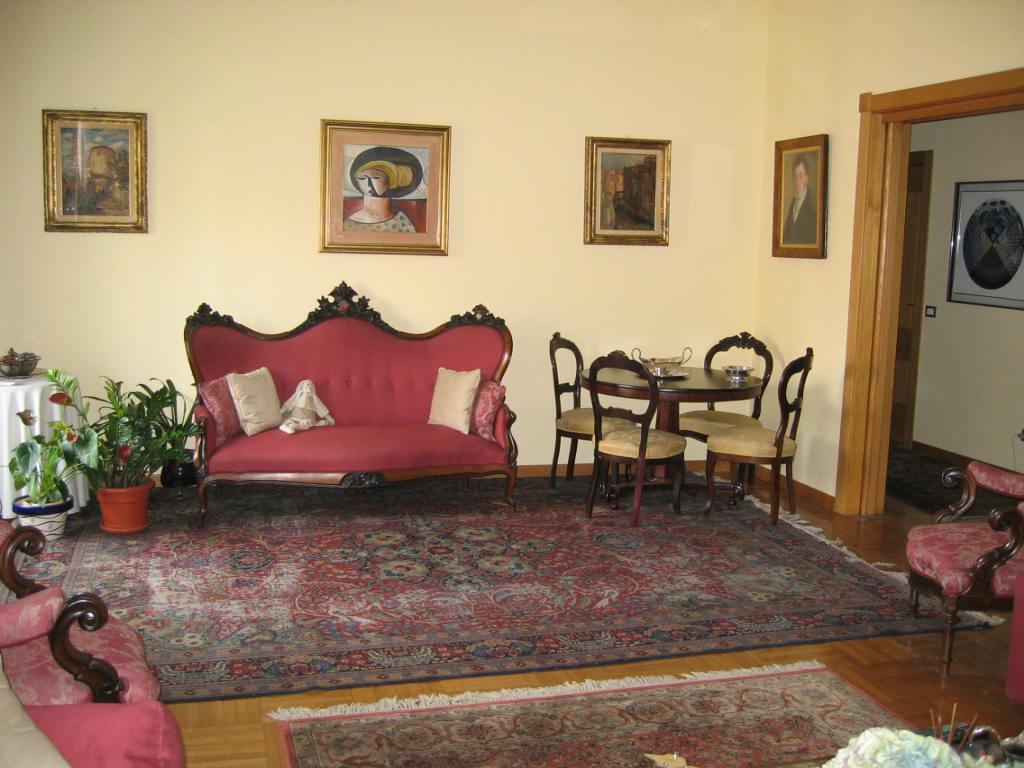 Appartamento in vendita a Milano, 5 locali, zona Località: SanVittore, prezzo € 850.000 | Cambio Casa.it