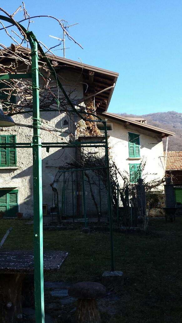Bilocale Barni Via Aimonti 3