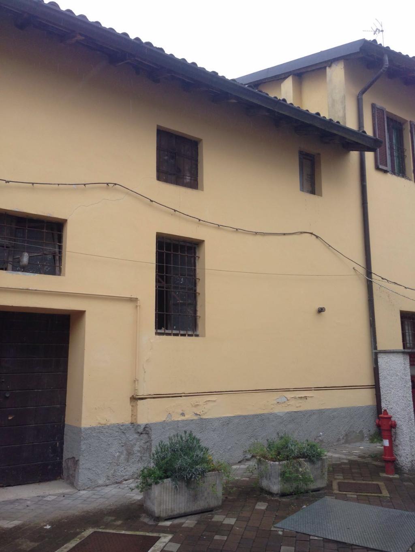 Magazzino in vendita a Rovellasca, 9999 locali, zona Località: Rovellasca, prezzo € 50.000 | Cambio Casa.it
