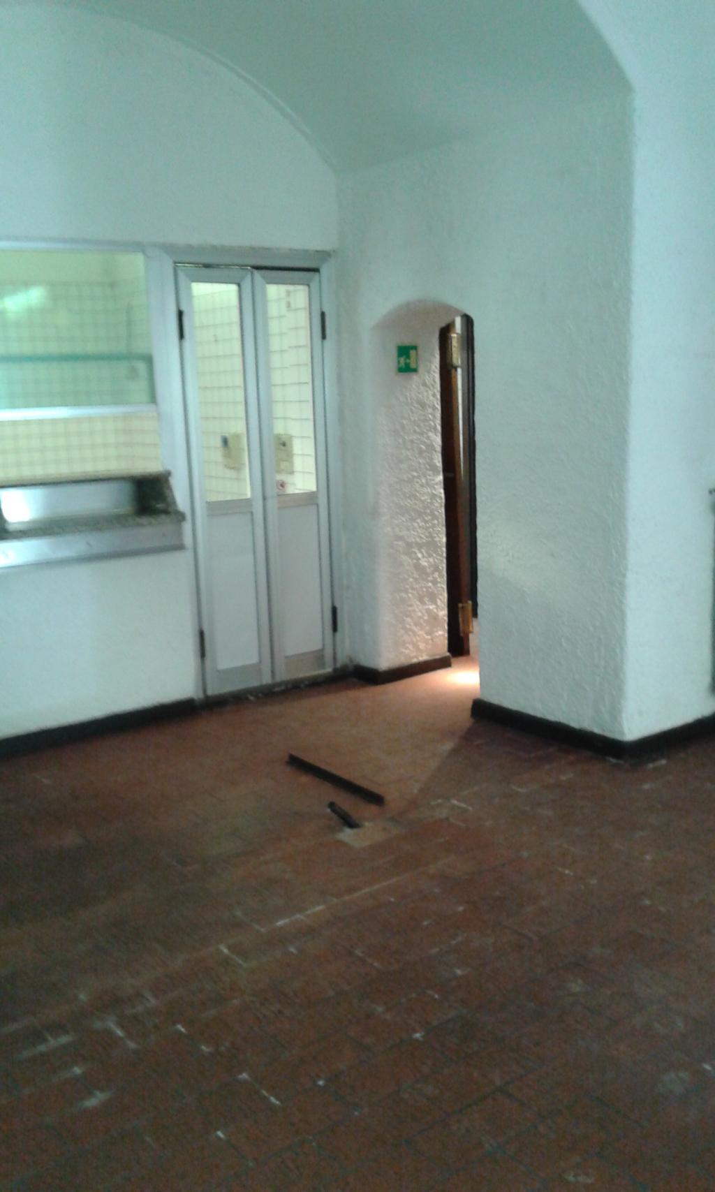 Negozio / Locale in affitto a Milano, 9999 locali, zona Località: PortaVigentina, prezzo € 3.000   Cambio Casa.it