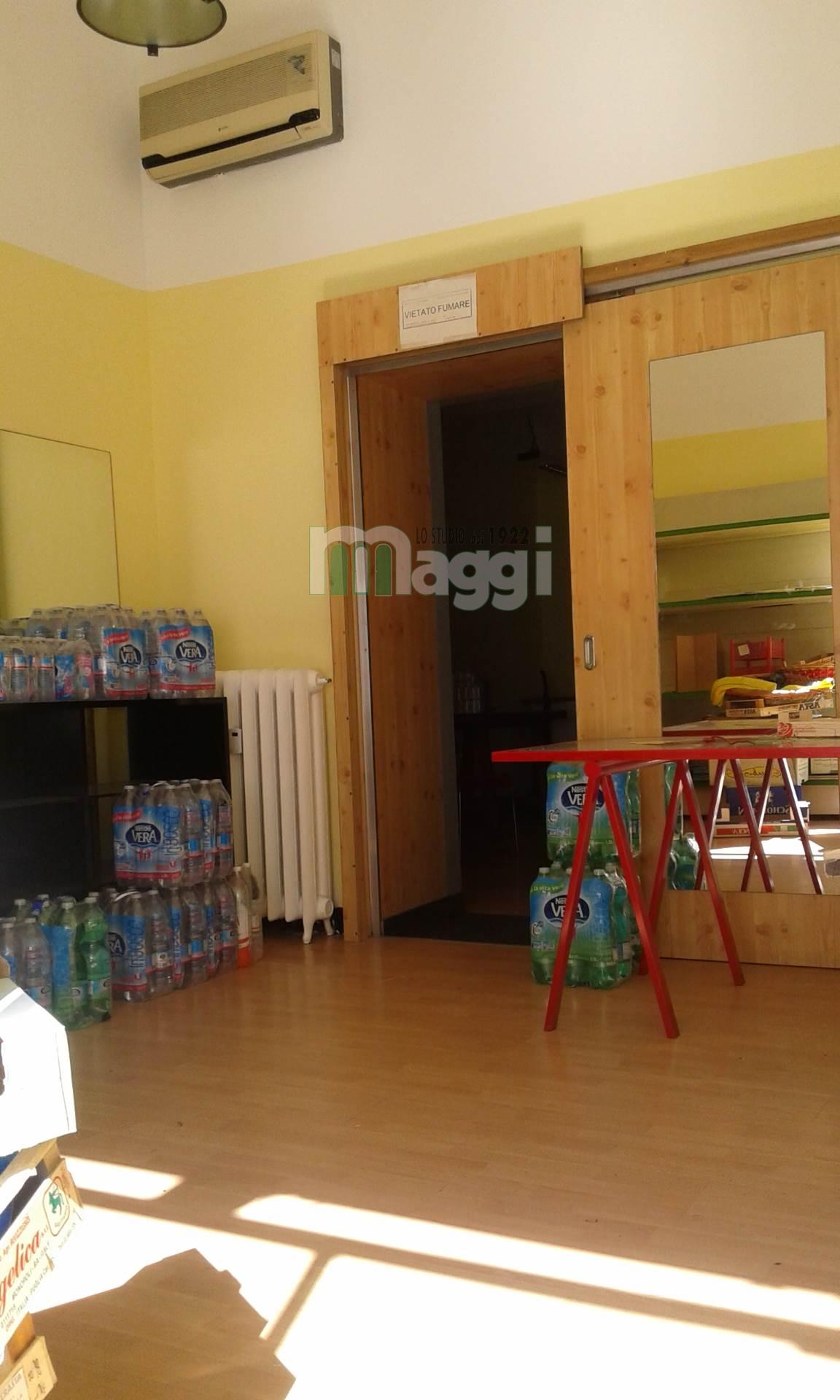 Negozio / Locale in affitto a Milano, 9999 locali, zona Località: CittàStudi, prezzo € 1.200 | Cambio Casa.it