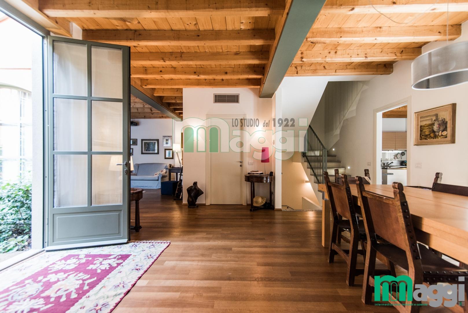 Appartamento in vendita a Milano, 8 locali, zona Località: P.taGenova, prezzo € 1.650.000 | Cambio Casa.it