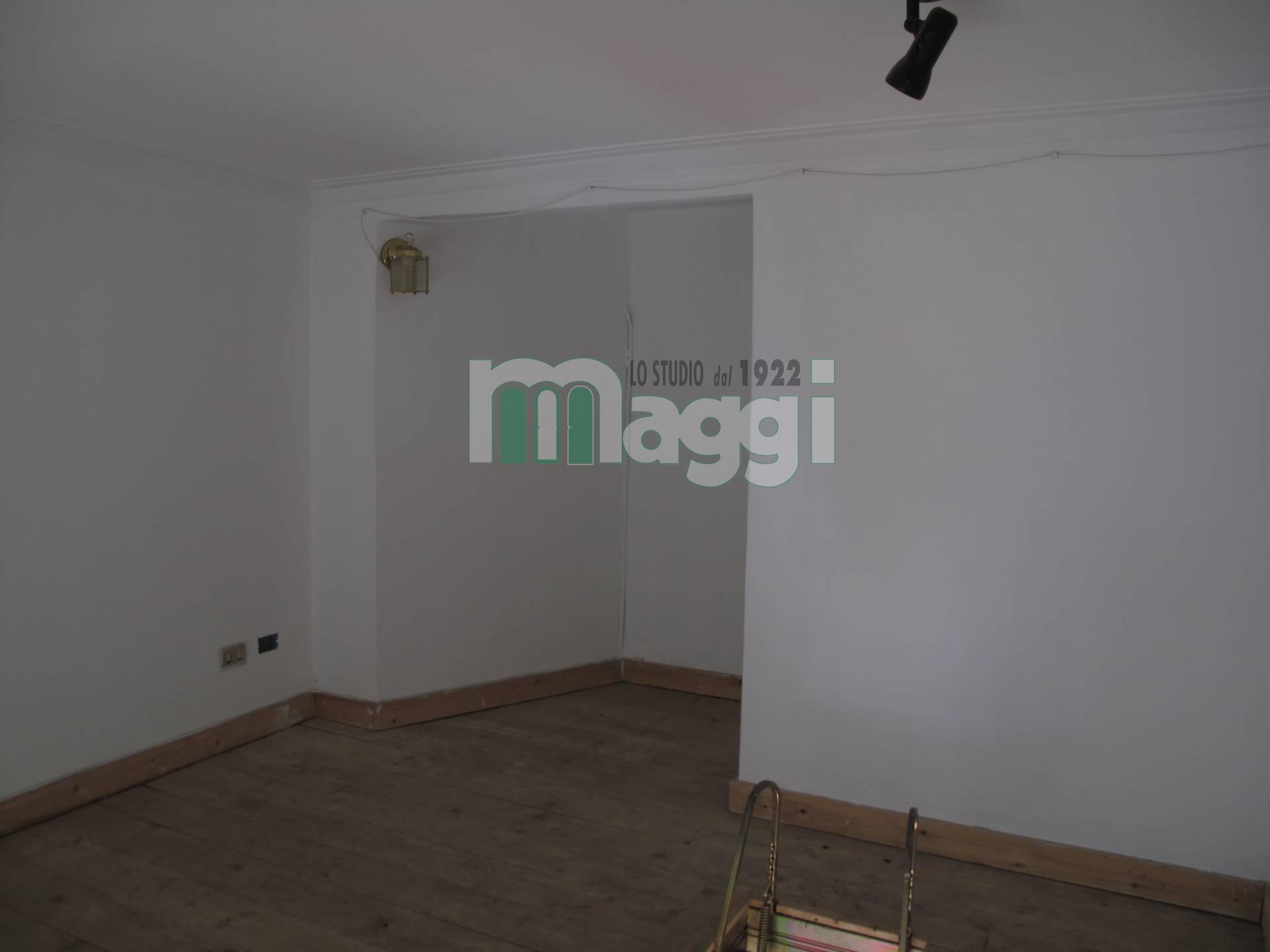 Negozio / Locale in vendita a Milano, 9999 locali, zona Località: ForzeArmate, prezzo € 42.000 | Cambio Casa.it