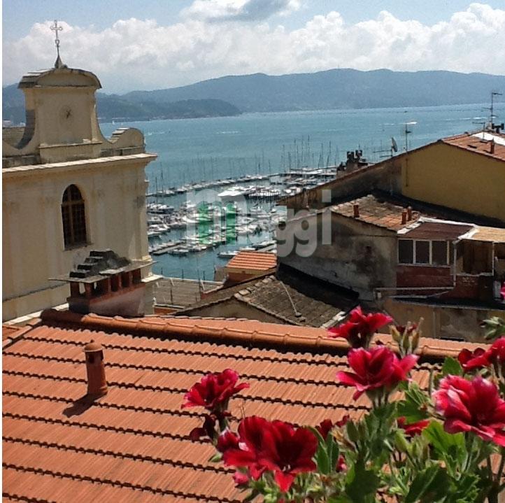 Appartamento in vendita a La Spezia, 4 locali, zona Località: ZonaCentro, prezzo € 480.000 | Cambio Casa.it