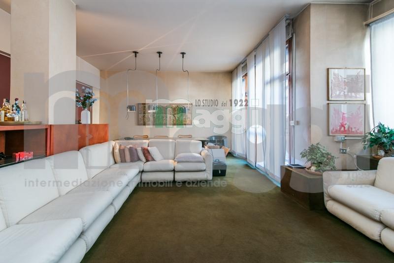 Appartamento in vendita a Milano, 4 locali, zona Località: Repubblica, prezzo € 770.000   Cambio Casa.it
