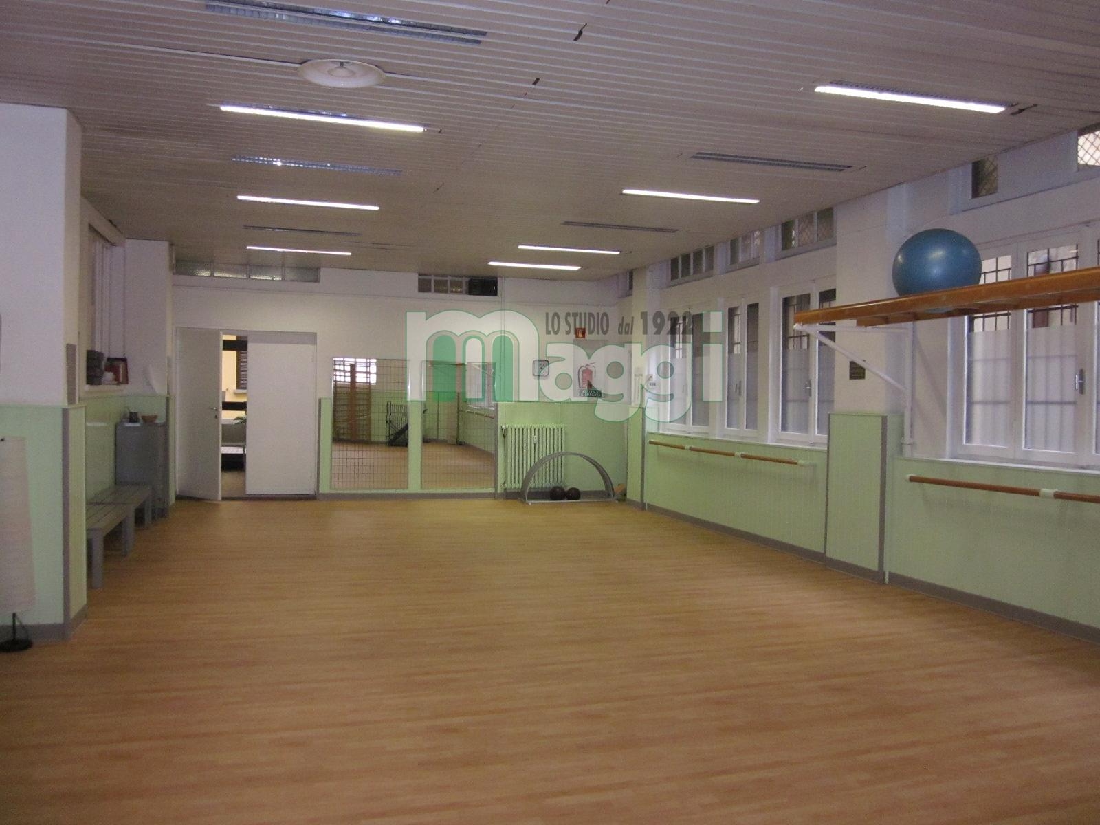 Laboratorio in Vendita a Milano:  5 locali, 250 mq  - Foto 1