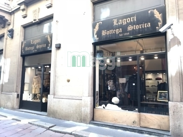 Attivita'-licenza in Affitto a Milano 01 Centro storico (Cerchia dei Navigli): 150 mq