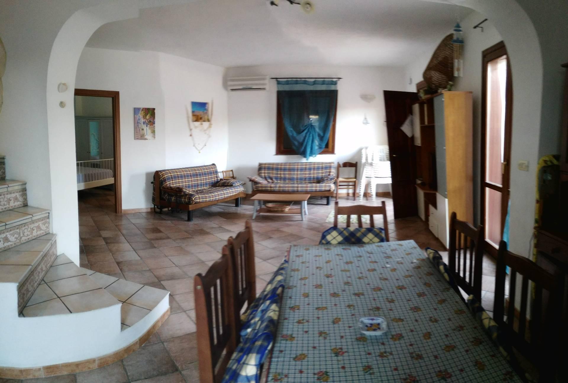 Villa in affitto a Siracusa, 4 locali, prezzo € 800 | Cambio Casa.it