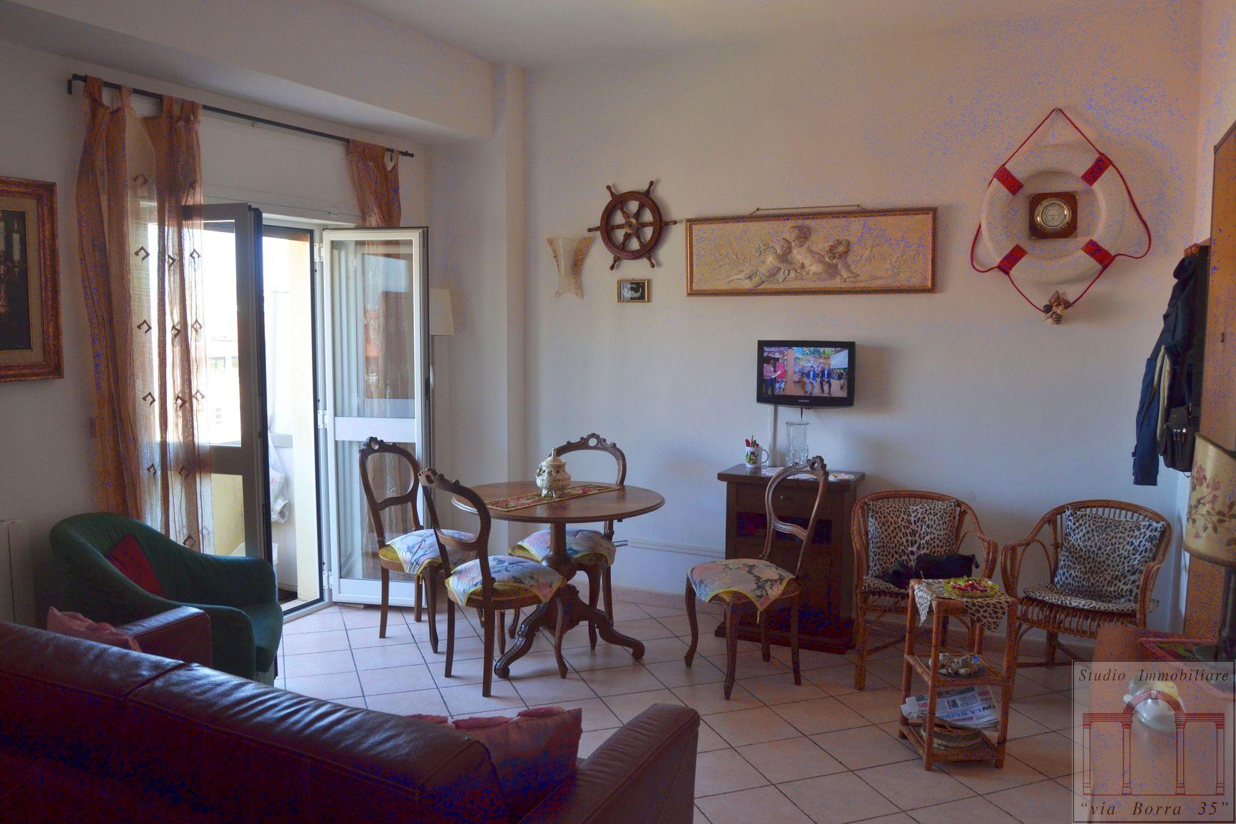 Bilocale Livorno Via Grande 2