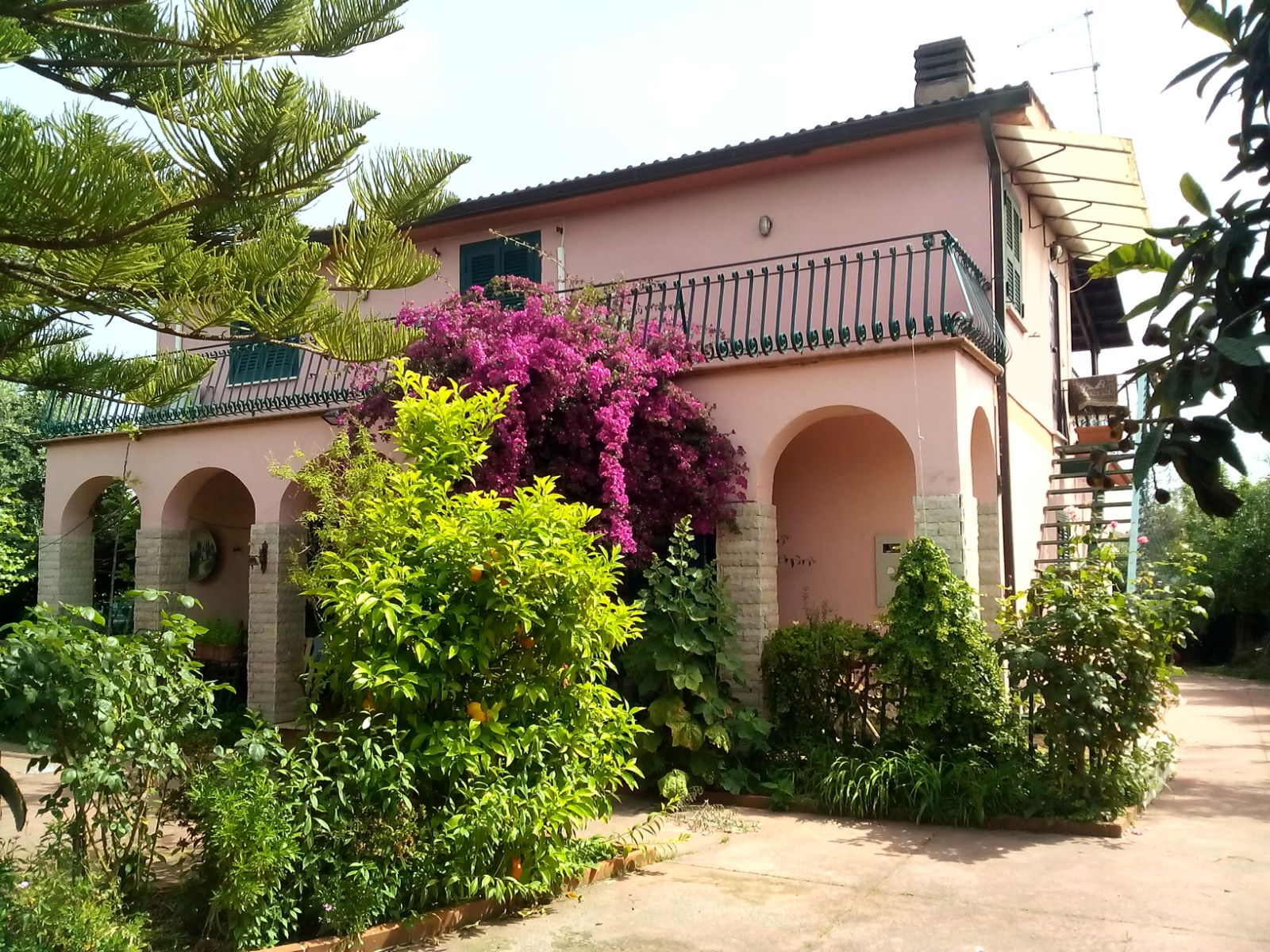 Villa in vendita a Velletri, 7 locali, prezzo € 250.000 | Cambio Casa.it