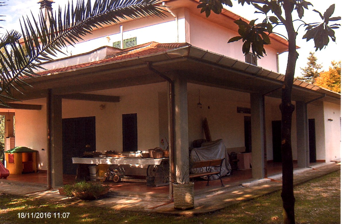Villa in vendita a Velletri, 5 locali, prezzo € 198.000 | Cambio Casa.it
