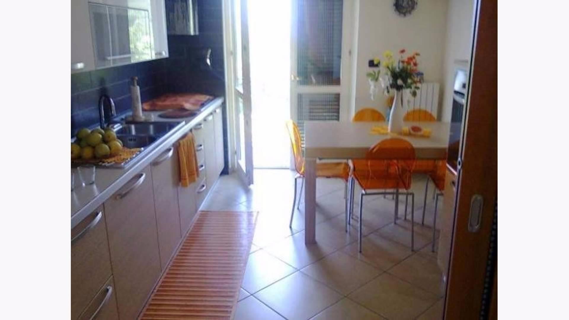 Appartamento in vendita a Pellezzano, 3 locali, zona Zona: Capriglia, prezzo € 195.000 | Cambio Casa.it