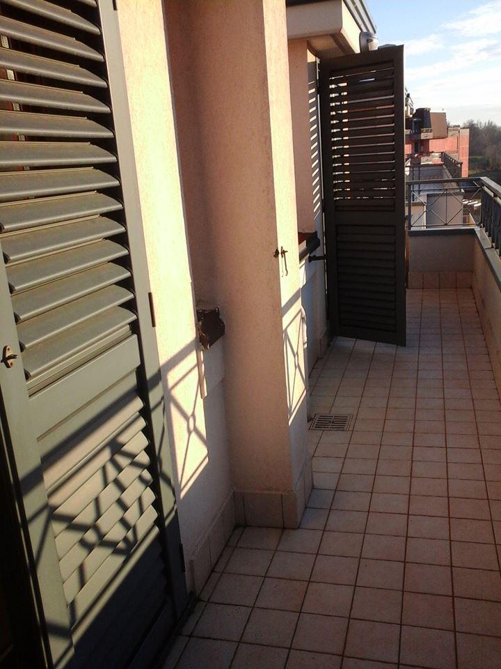 Attico / Mansarda in vendita a Baronissi, 3 locali, zona Zona: Antessano, prezzo € 60.000 | CambioCasa.it