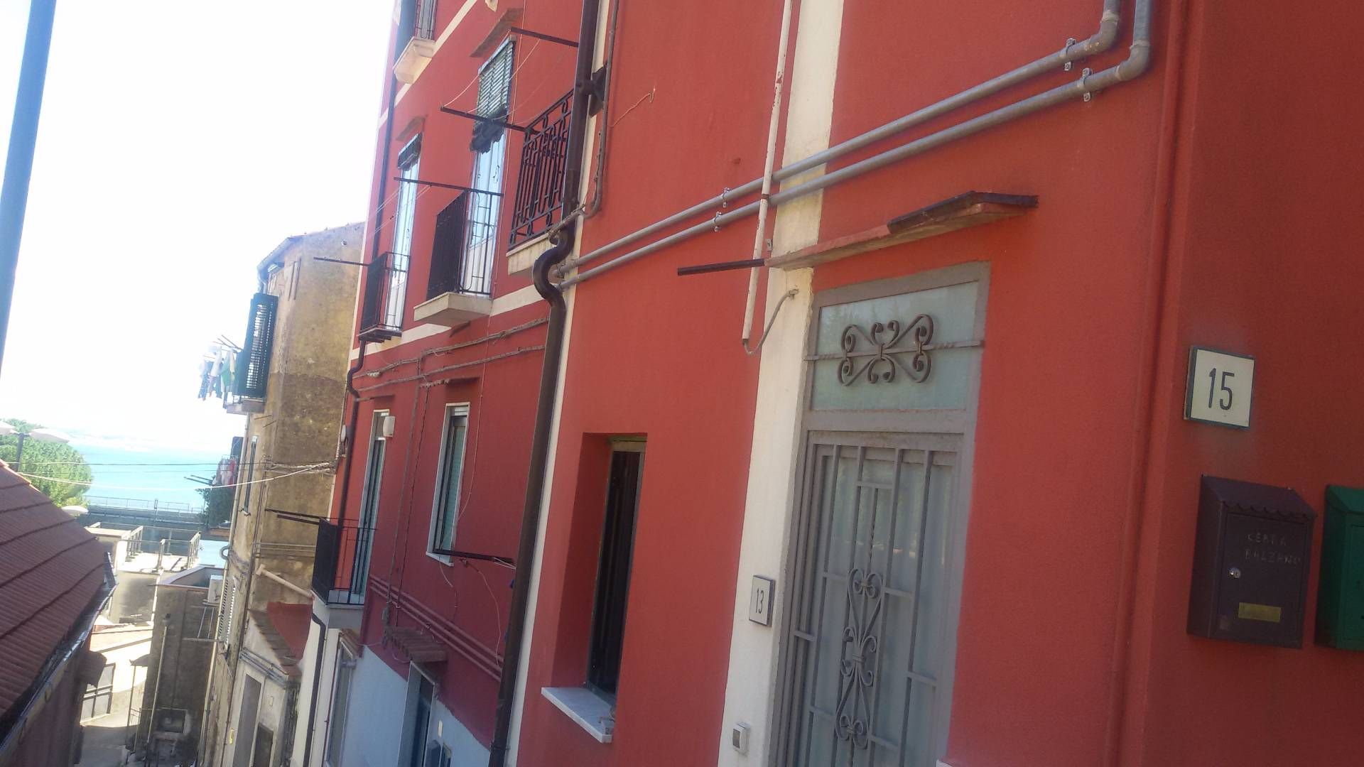 Bilocale Salerno Via Canalone 1