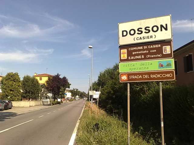 Villa in vendita a Casier, 7 locali, zona Località: DossondiCasier, prezzo € 240.000 | CambioCasa.it