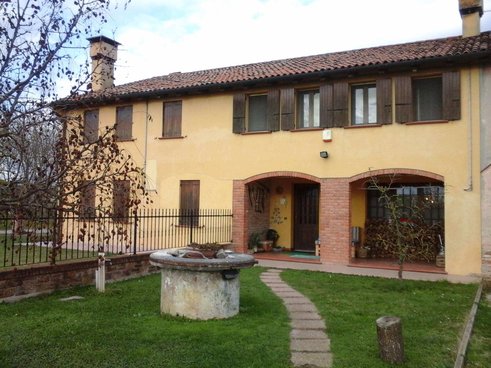 Rustico / Casale in vendita a Roncade, 6 locali, prezzo € 200.000 | Cambio Casa.it