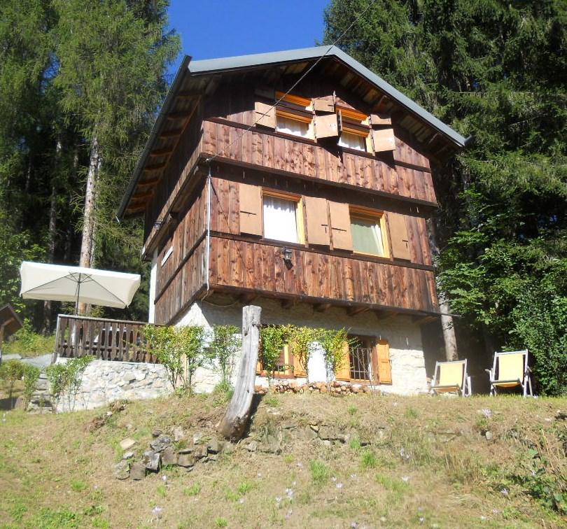 Villa in vendita a Forno di Zoldo, 11 locali, prezzo € 390.000 | CambioCasa.it