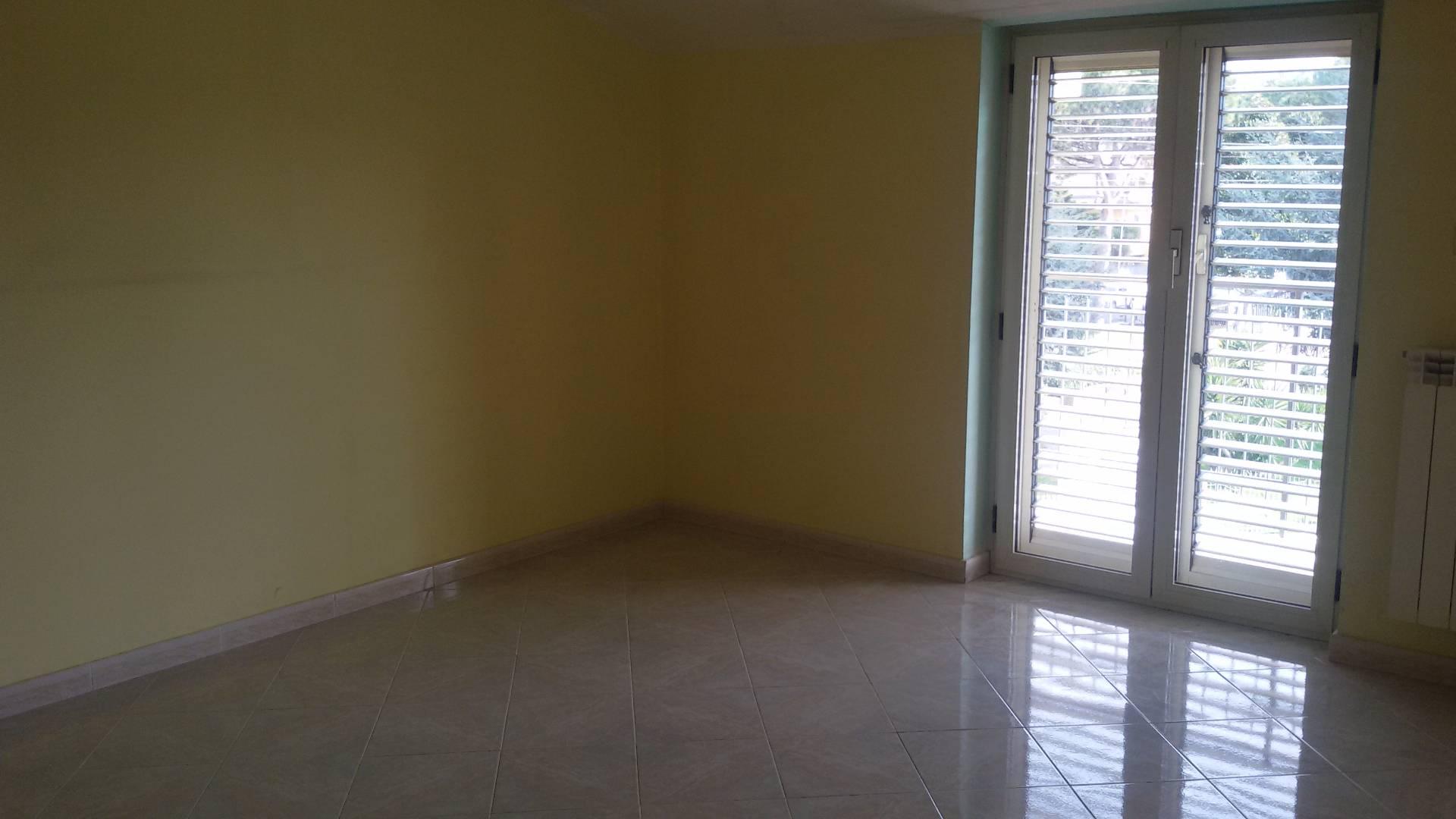 Appartamento in affitto a San Marco Evangelista, 4 locali, prezzo € 350 | CambioCasa.it