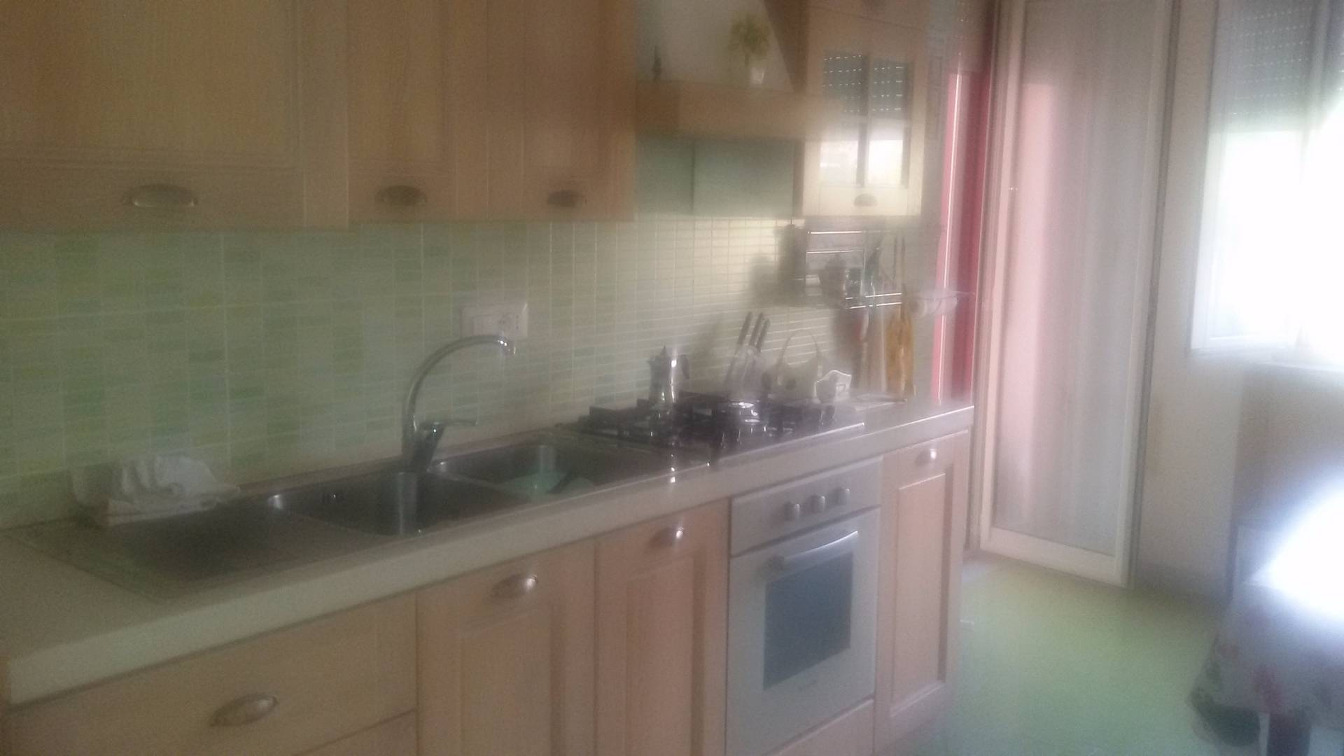 Appartamento in affitto a Baronissi, 3 locali, zona Località: centro, prezzo € 500 | CambioCasa.it