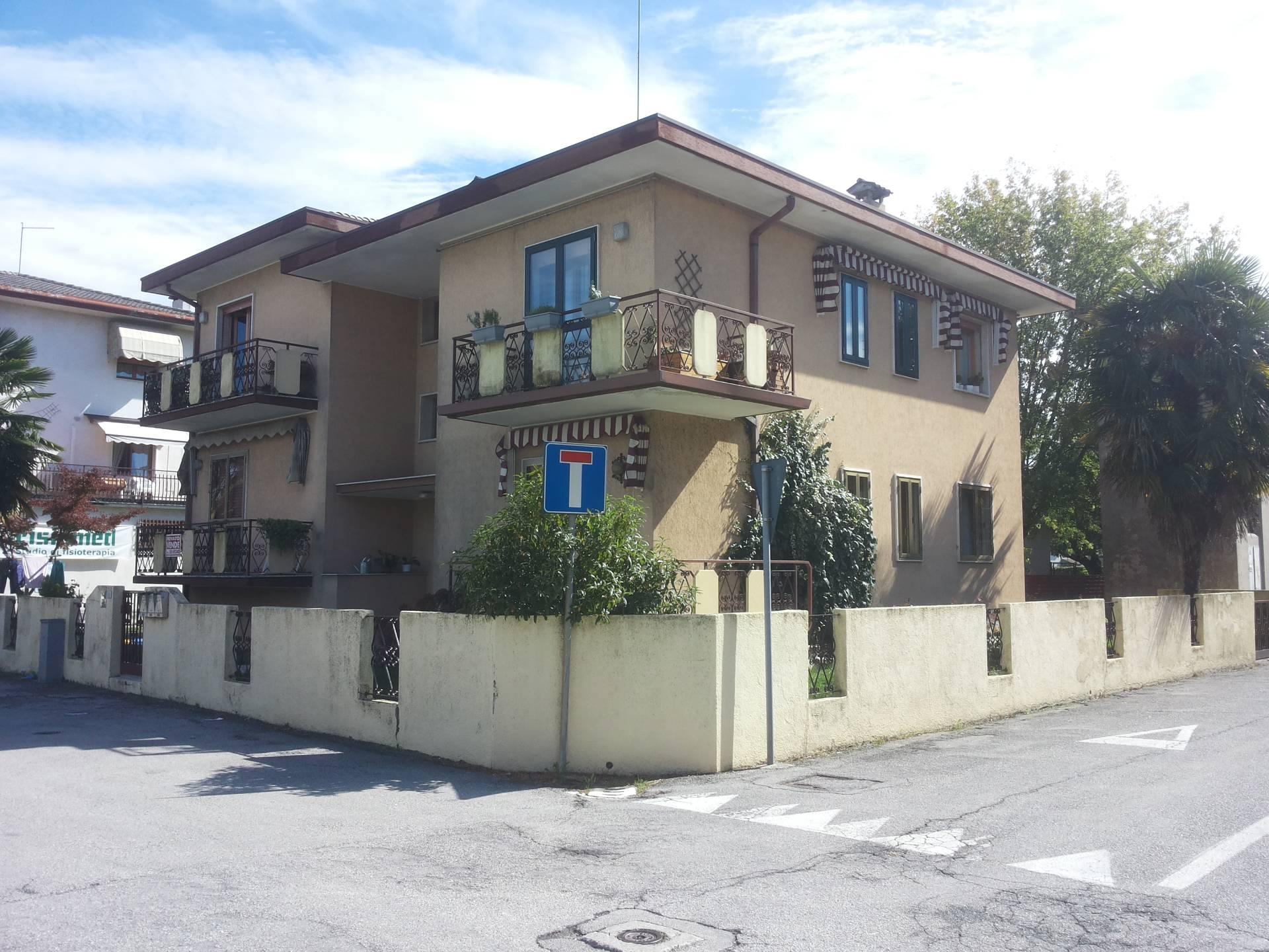 Appartamento in vendita a Casier, 3 locali, zona Località: DossondiCasier, prezzo € 70.000 | CambioCasa.it
