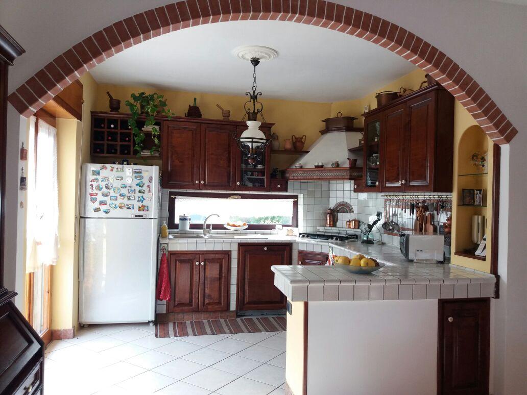 Appartamento in vendita a Baronissi, 4 locali, zona Località: centro, prezzo € 220.000   CambioCasa.it