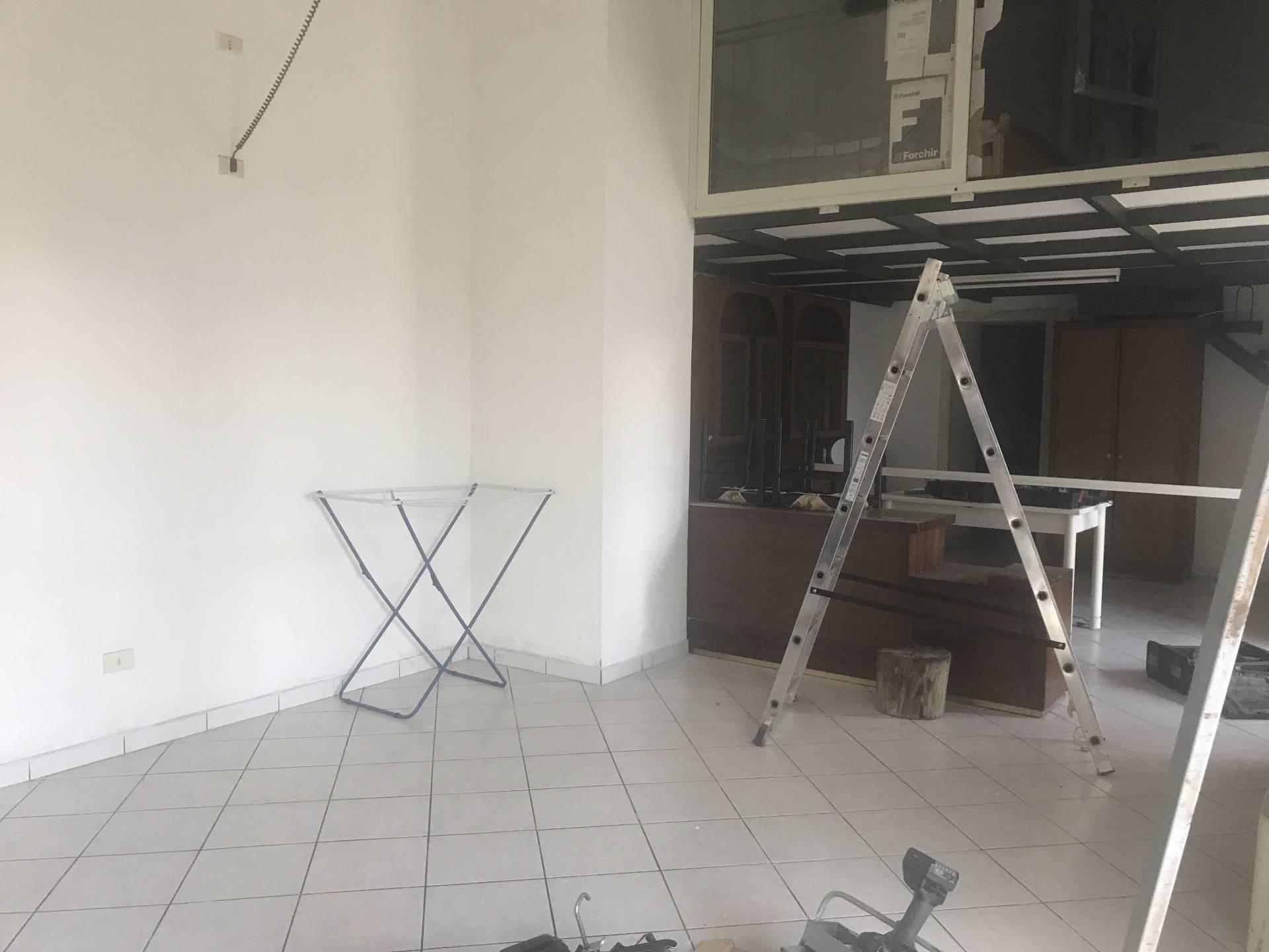 Appartamento in affitto a Mercato San Severino, 3 locali, prezzo € 300 | CambioCasa.it